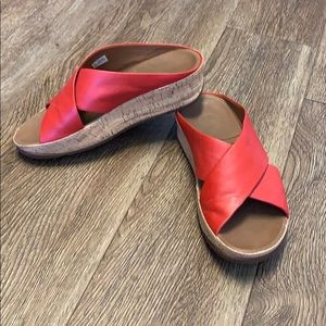 Fitflop red sandal size 7 EUC